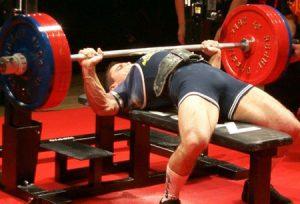 Pourquoi soulever des poids ne va pas augmenter votre force de frappe